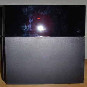 PlayStation 4 Unboxing (mit Blitz)