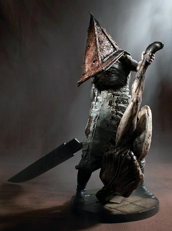 koto_pyramid_head