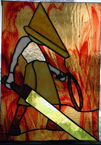 pyramid head: aus glas!