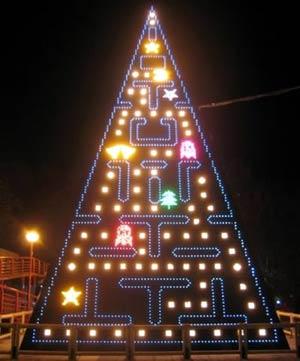 pacman xmas tree